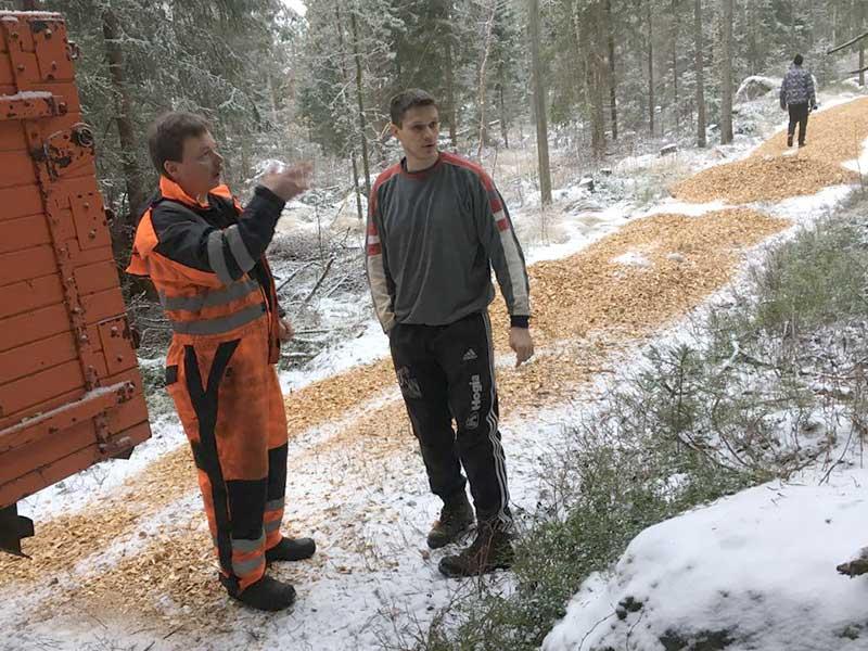 Traktorkuskarna Mikael och David.