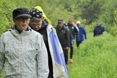 Ett trettiotal vandrade till Strömssund.